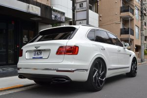 ☆新着在庫車両:2016y ベントレー ベンテイガ W12☆